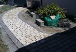 Entreprise Vauquelin a réaliser un trottoir d accès a la maison situe a  Bourteroulde
